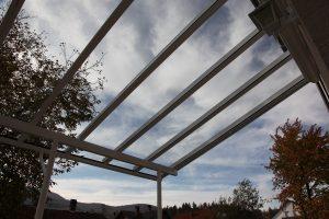 Terrassenüberdachung Elegant-Line mit durchgehenden Glasscheiben