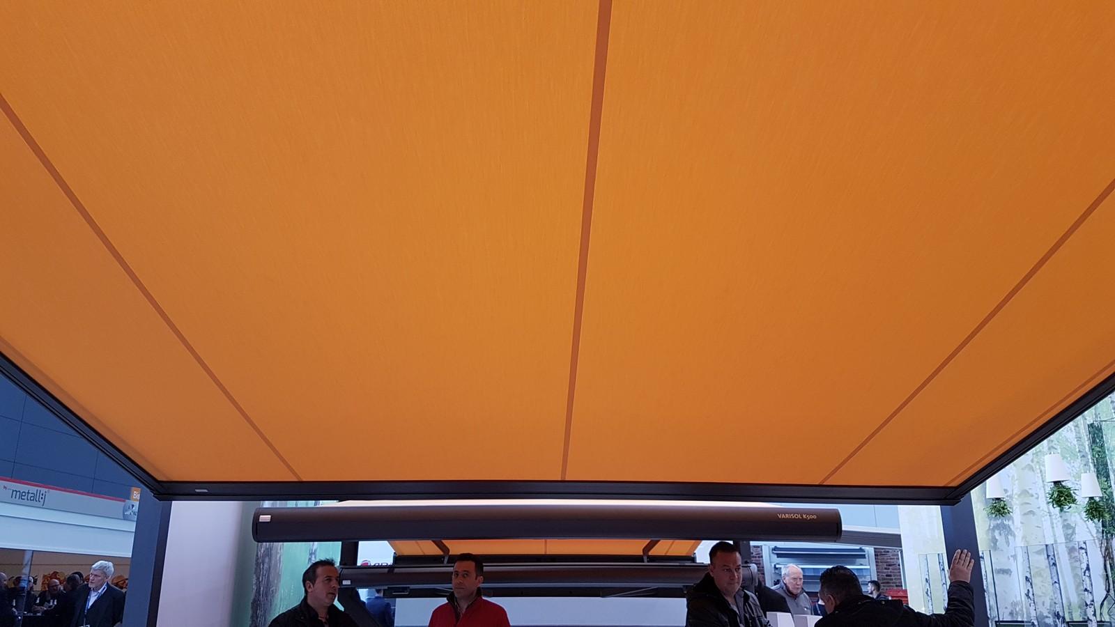 Innenansicht Varisol Q.Bus mit Zip