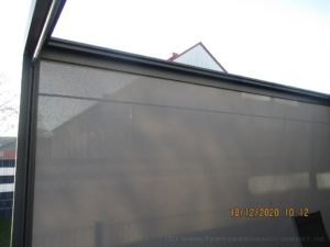 Solaroll SZ11 Senkrechtmarkise im Q.Bus